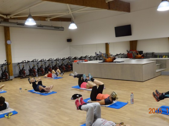 salle fitness cuisses abdos fessiers